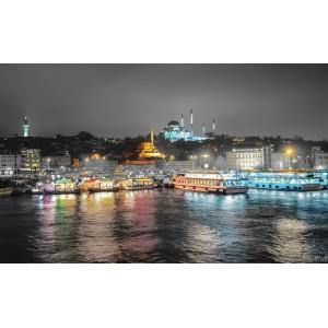 Fotótapéta Éjszaka a Boszporusz felett